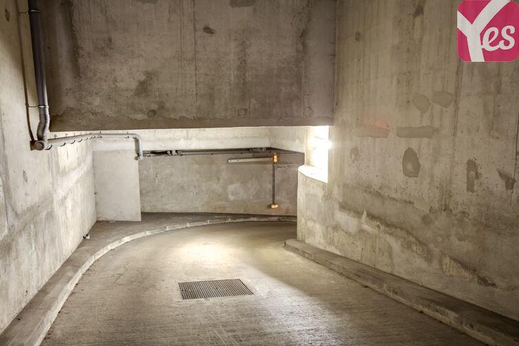 Parking Allée d'Arnaud d'Andilly - Voisins-le-Bretonneux box