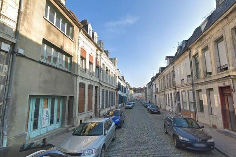 Parking Hôtel de ville - Capucins - Cambrai - (box aérien) sécurisé