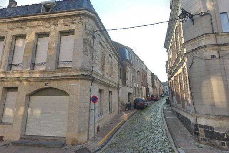 Parking Hôtel de ville - Capucins - Cambrai - (box aérien) en location