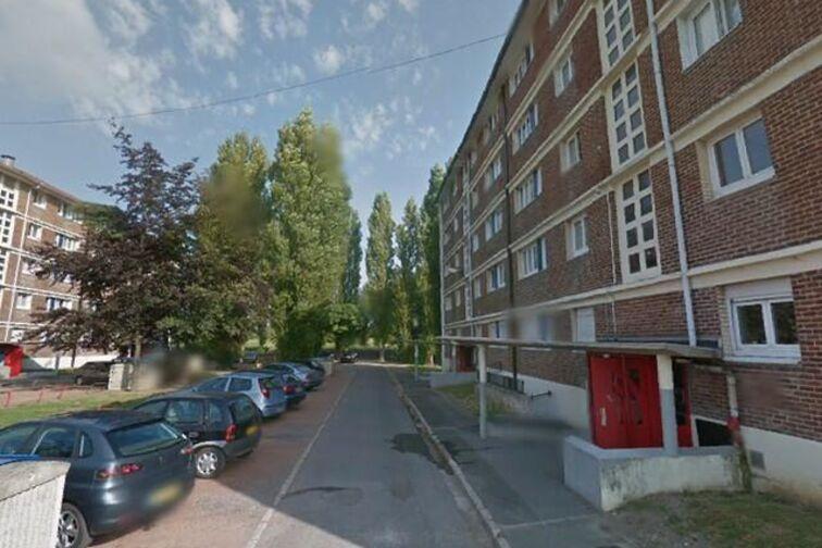 location parking Saintation Hameau de Macou - Cytises - Condé-sur-l'Escaut - (box aérien)