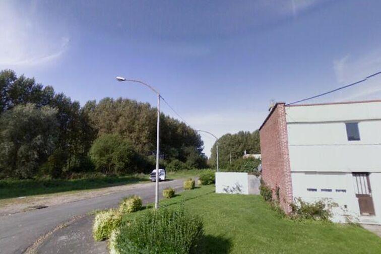 Parking Police Municipale - Crespin - (box aérien) gardien