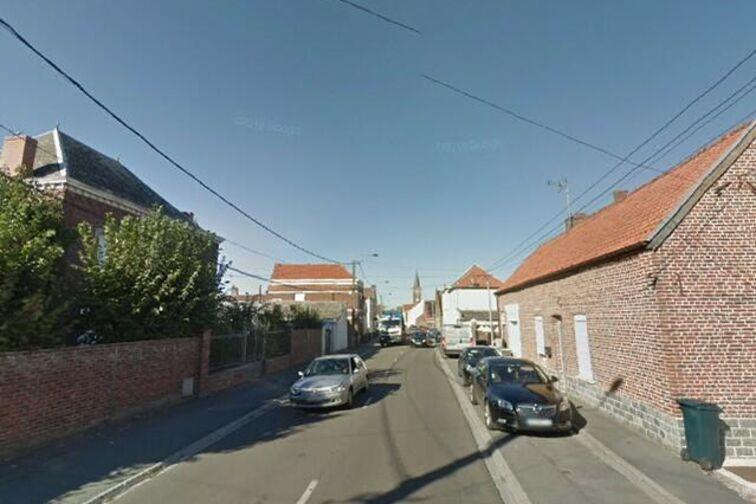 location parking Mairie - Déportés - Crespin - (box aérien)