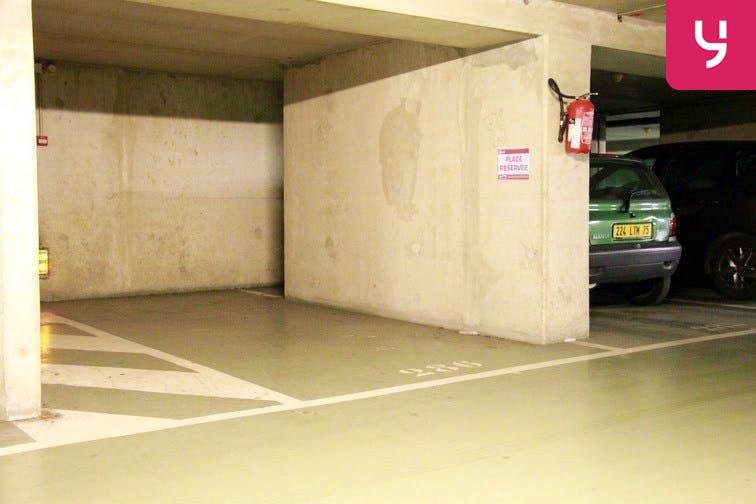 Parking Dupleix en location