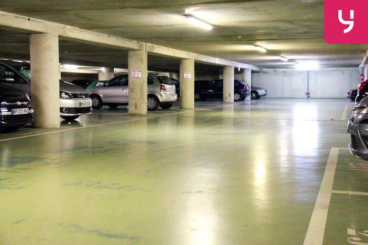 Parking Dupleix gardien