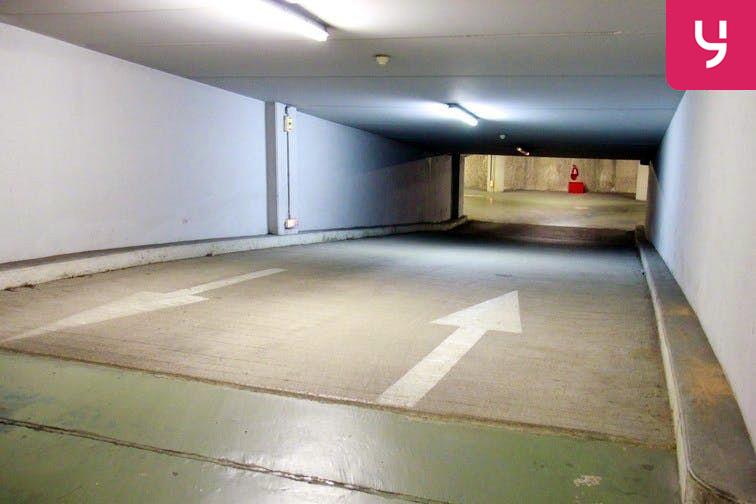 Parking Dupleix garage