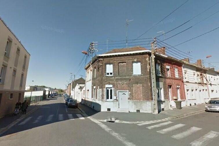 Parking Saintation Jean Dulieu - Salvator Allende - Denain - (box aérien) location