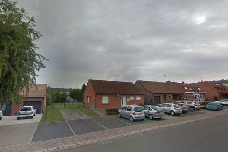Parking Mairie - Julien Renard - Douchy-les-Mines - (box aérien) pas cher