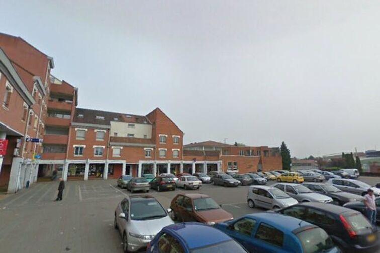 Parking Centre des Arts et de la Culture - Paul Eluard - Douchy-les-Mines - (box) pas cher
