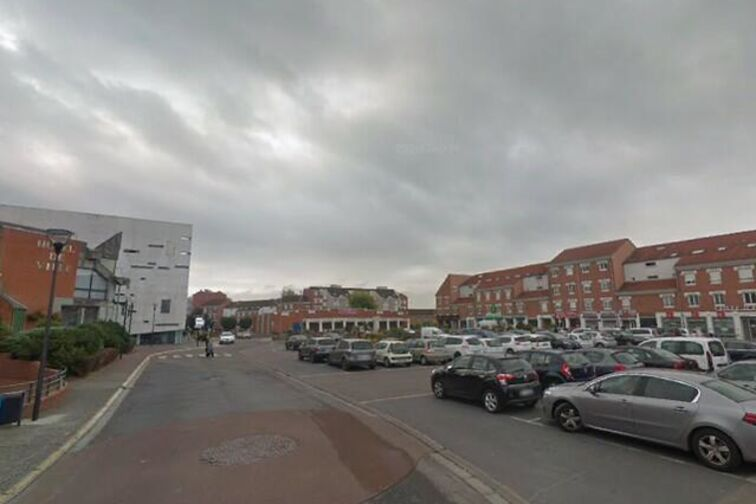 Parking Mairie - Paul Eluard - Douchy-les-Mines - (box aérien) box