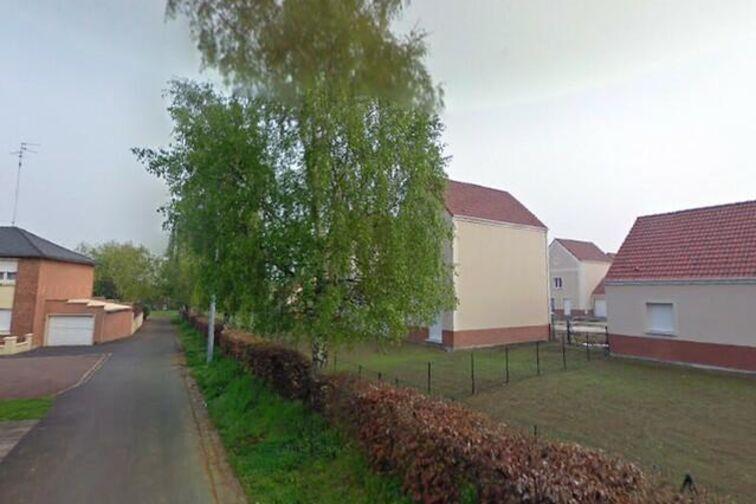 Parking Salle Joliot Curie - Paul Verlaine - Douchy-les-Mines - (box aérien) sécurisé
