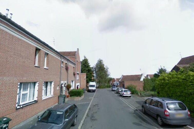location parking Le Jardin à pois - Acacias - Famars - (box aérien)