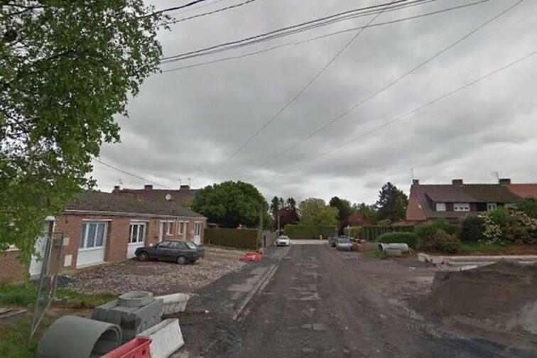Location parking Saintade Municipale - Jean Moulin - Hordain - (box aérien)