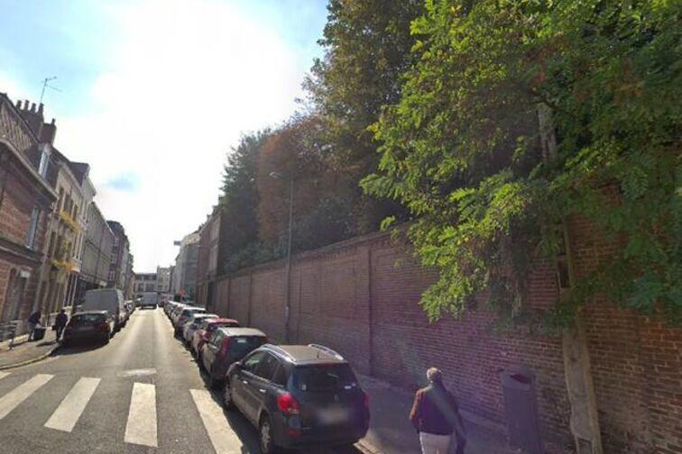 Parking Gambetta/Nationale - Sainte-Barbe - Lille - (aérien) 24/24 7/7