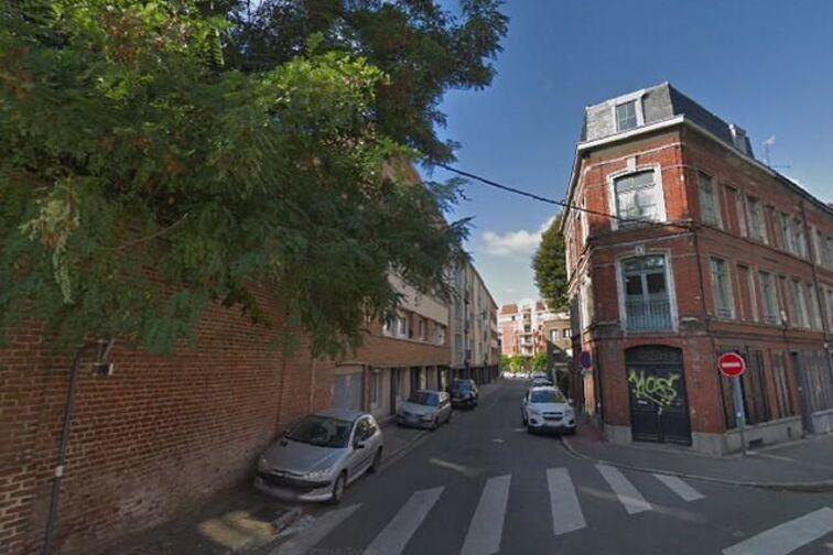 Parking Gambetta/Nationale - Sainte-Barbe - Lille - (aérien) à louer
