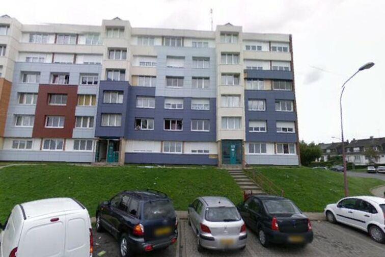 Parking Place Louise Michel - Marly - (box) sécurisé