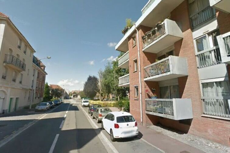 location parking Ecole Victor Hugo - Jules et Fernand Delcenserie - Marcq-en-Barœul - (box)