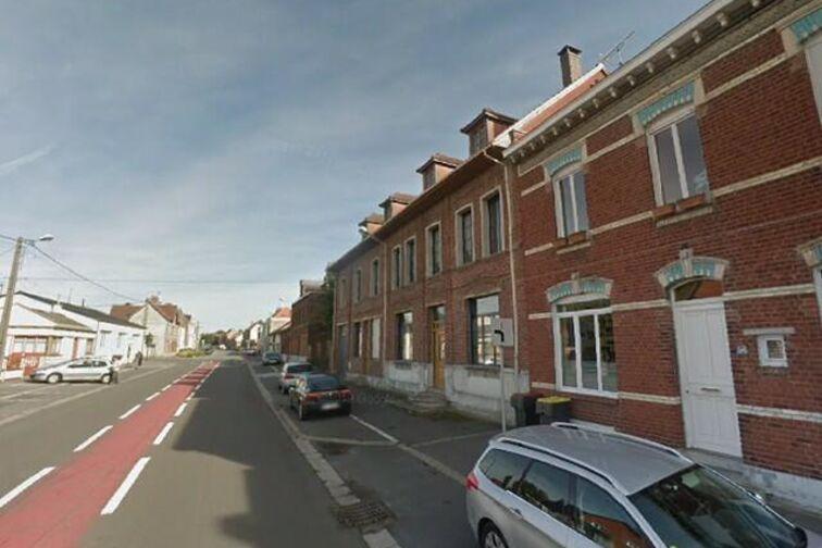 Parking Mairie -General de Gaulle - Pont-à-Vendin - (box aérien) garage