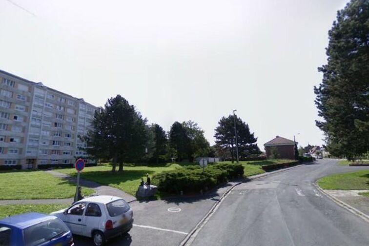 Parking Complexe François Denis - Victor Lecocq - Quiévrechain - (box aérien) location