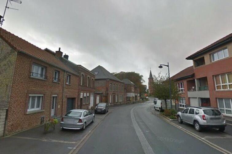 Parking Mairie - Henri Barbusse - Saultain - (aérien) à louer