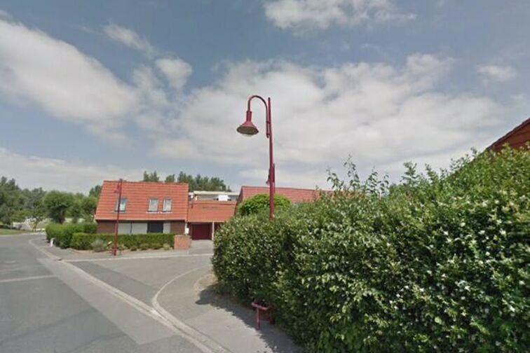 Parking Lycée Professionnel Léonard de Vinci - Clotaire Colin - Trith-Saint-Léger - (box) sécurisé