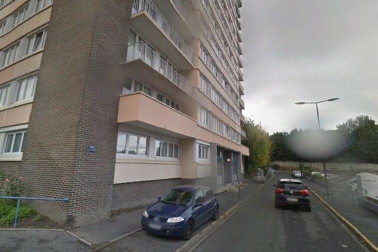Location parking Lycée de l'Escaut - Gérard de Perfontaine - Valenciennes - (box)
