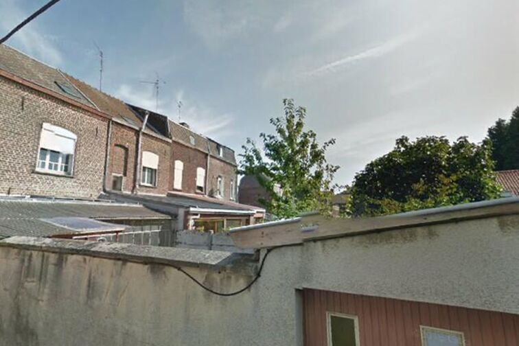 Parking Place du Canada - Chemin des Planches - Valenciennes - (box aérien) gardien