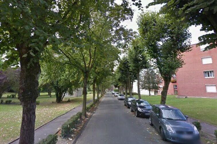Parking Saint-WaaSaint Là-Haut - Boulevard de la Liberté - Valenciennes - (box) garage