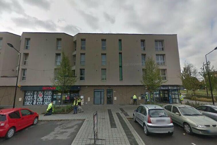 Parking Collège d'Etat Chasse Royale - Lomprez - Valenciennes - (box) 24/24 7/7
