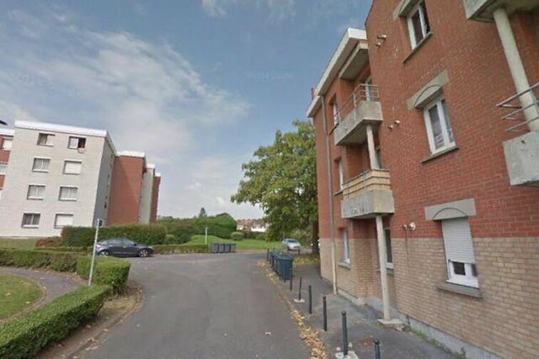 location parking Saint-WaaSaint Là-Haut - Yser - Valenciennes - (box)