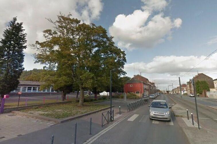 location parking Collège Jean Macé - Jean Jaurès - Beuvrages - (box)
