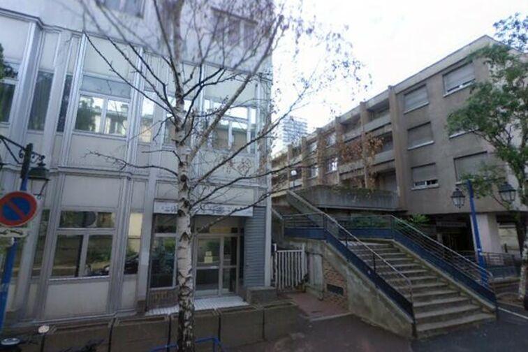 Parking Cathédrale Saint-Louis - Rue Carnot - Choisy-le-Roi 5 rue Carnot