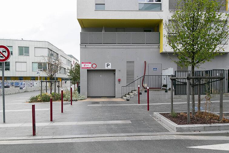 Parking Bibliothèque Municipale - Rue Louise Bourgeois - Fresnes caméra