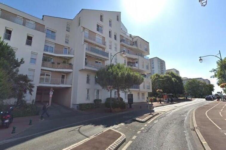Parking Rue du Maréchal Leclerc - Saint-Maurice Saint-Maurice