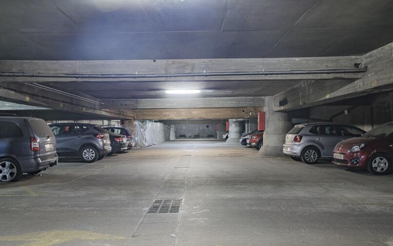 Parking Beaugrenelle - Rue de l'Ingénieur Robert Keller - Paris 15 pas cher