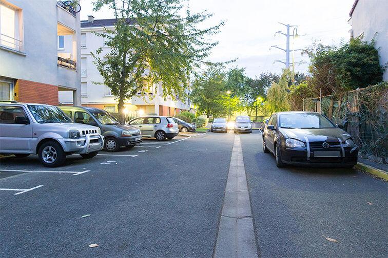 Parking Médiathèque Boris Vian - Avenue Georges Brassens - Chevilly-Larue 94550
