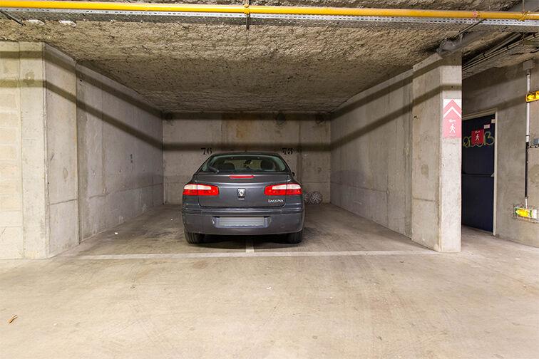 Parking Médiathèque Boris Vian - Avenue Georges Brassens - Chevilly-Larue 24/24 7/7