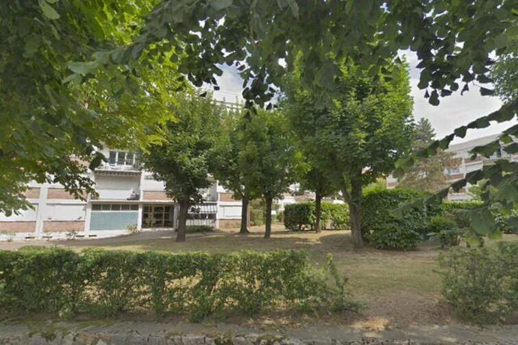 Parking Église Saint Jean-Baptiste - Rue de la Marne - Le Perreux-sur-Marne 94170