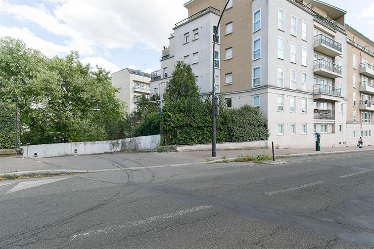 Parking Arrêt Saint-Mandé - Rue de la Division Française Libre - Saint-Mandé avis