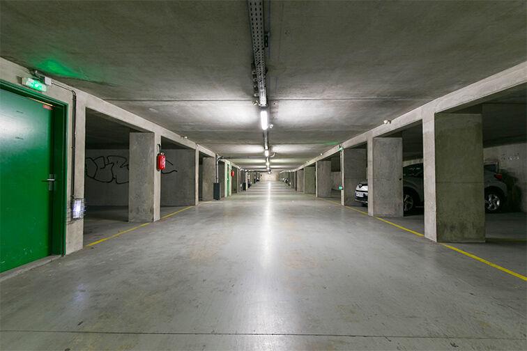 Parking Arrêt Saint-Mandé - Rue de la Division Française Libre - Saint-Mandé Saint-Mandé