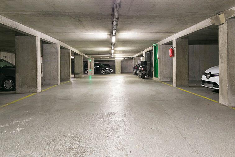 Parking Arrêt Saint-Mandé - Rue de la Division Française Libre - Saint-Mandé box