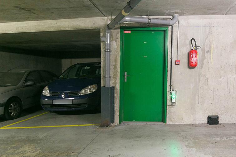 Parking Arrêt Saint-Mandé - Rue de la Division Française Libre - Saint-Mandé caméra