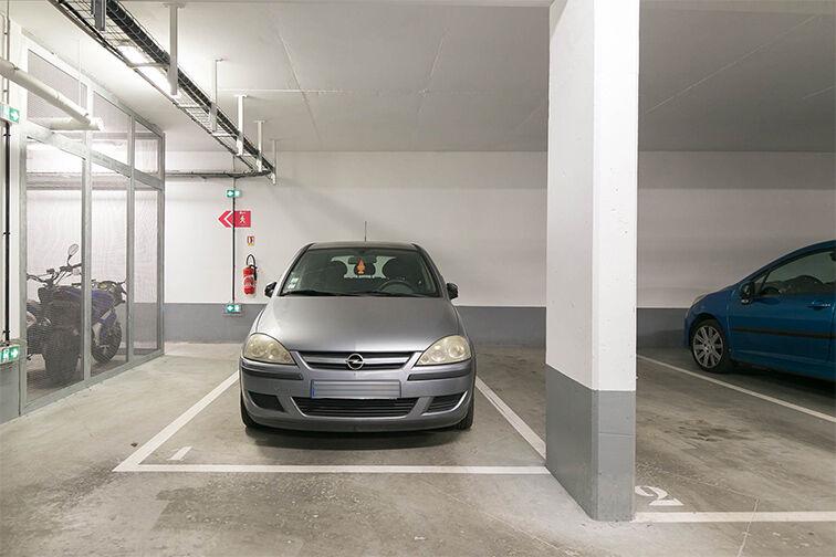Parking École Francis Julliand - Impasse Darrieus - Houilles avis