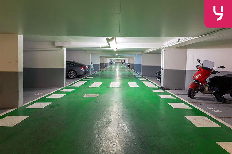 Parking Rue Deguingand - Levallois-Perret (place moto) garage