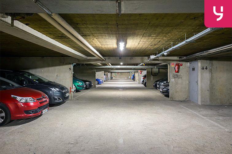 Parking Garibaldi - Rue de l'Hermet - Saint-Ouen (place moto) location mensuelle