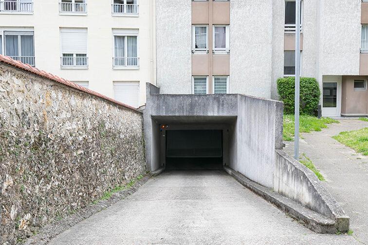 Parking Le Guichet - Orsay en location