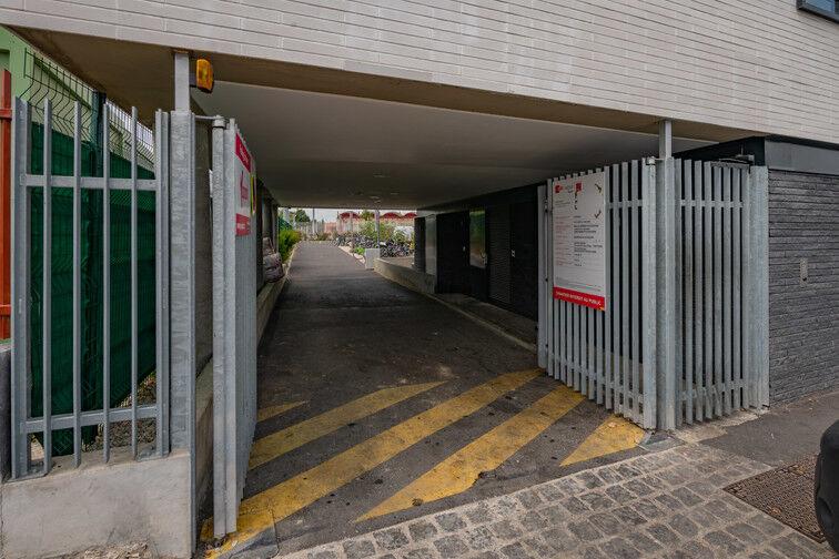 Parking Gymnase du Sivom - Pierrefitte-sur-Seine box