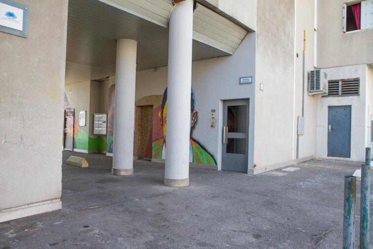 Parking Centre commercial Grand Vitrolles caméra