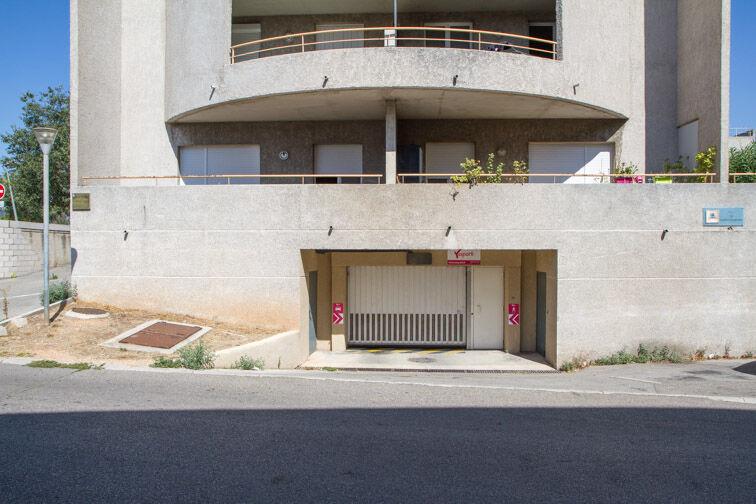 Parking Rue Jean Goujon - Vitrolles location mensuelle
