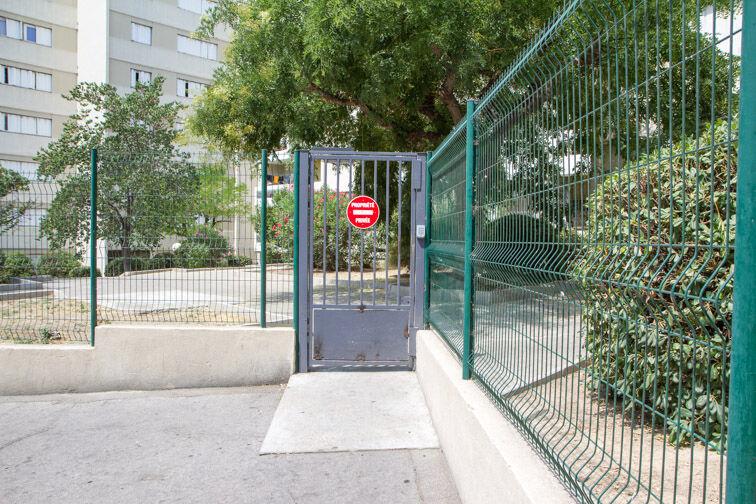 Parking Métro Désirée Clary - Marseille pas cher