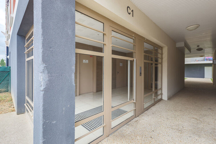 Parking Lycée Maurice Rondeau - Bussy-Saint-Georges 77600
